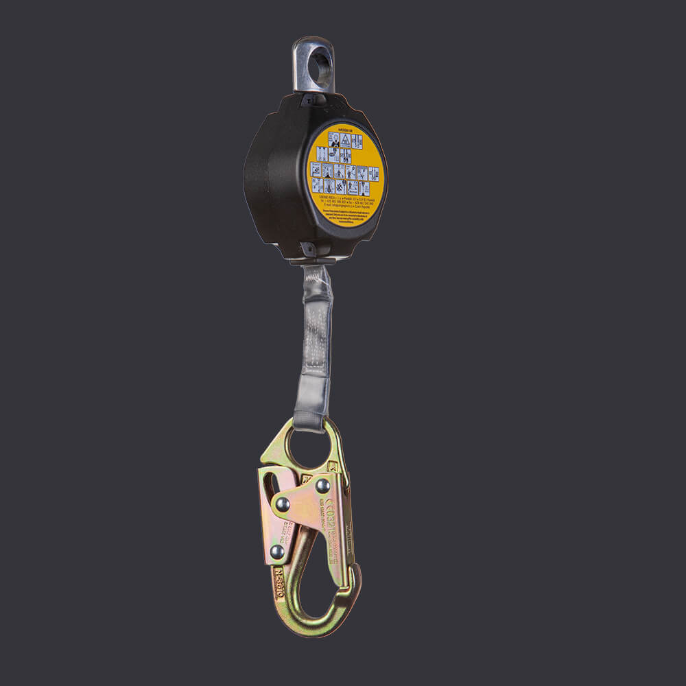 Ikar Accen fall arresting device - safe working at heights